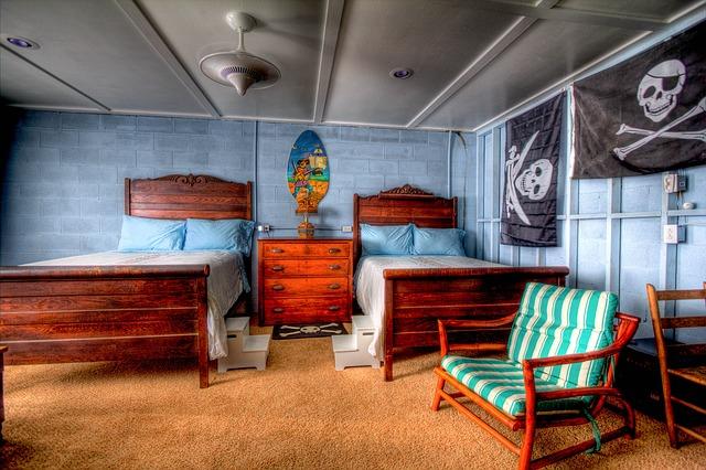 bedroom-349701_640